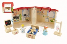 Teddies Wooden hospital house with accessories 10 pcs in foil 18x19x18cm